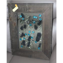 HAND CRAFTED FRAMED GLASS WALL DÉCO  ART -