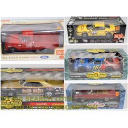 FEATURED DIE CAST COLLECTIBLE CARS