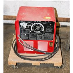 LINCOLN ELECTRIC 225/125 A/DC ARC WELDER