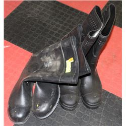 2 PAIRS OF ON GUARD STEEL TOE RUBBER BOOTS SIZES
