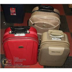 3 SMALL SUITCASES