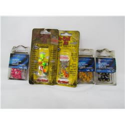 LOT OF 5 FISHING ITEMS (ASSORTED PAINTED JIGHEADS) *NOS*