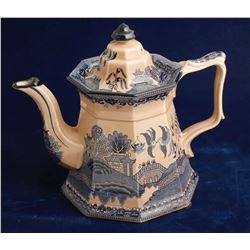 Staffordshire Tea Pot / Blue Willow Pattern   (80074)