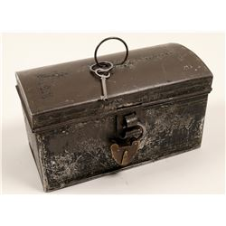 Vintage Metal Tin Box with Lock and Key   (106373)