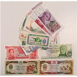 Foreign Paper Money - Collection of 100   (106300)