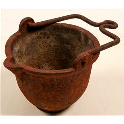 Cast Iron Cauldron with Handle   (105678)