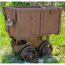 Ore Car, End Dump,  Curved spokes   (106580)