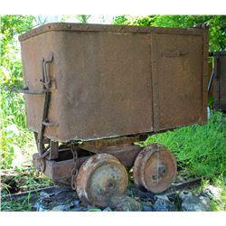 Ore Car, End Dump, solid center wheels   (106582)