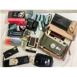 Box of Photography Goodies   (87145)