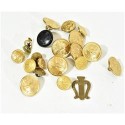 Military Buttons & Medals