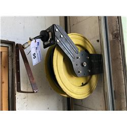 RETRACTABLE AIR HOSE