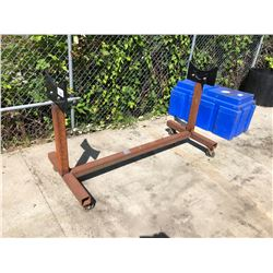PIPE STAND ON WHEELS