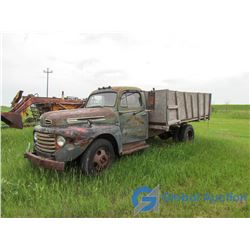 1949 Ford F135 with 16' Box & Hoist