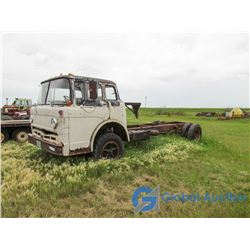 1970 Ford C700 Cab-Over