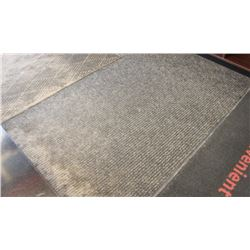 LARGE COMMERCIAL RUBBERBACK MATS, 72 X 81