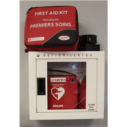 PHILIPS DEFIBRILLATOR W/WALL BOX & FIRST AID KIT