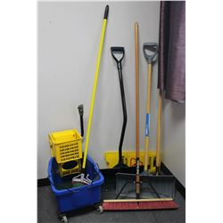JANITORIAL LOT: INCLUDES MOP, BUCKET, SHOVELS,
