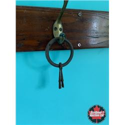 Skelton Keys on Ring