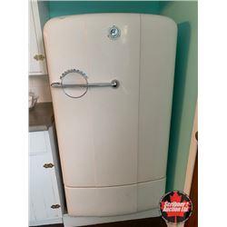 "Retro Refrigerator ""Kelvinator"""