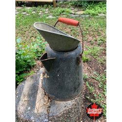 Camp Kettle - Red Handle