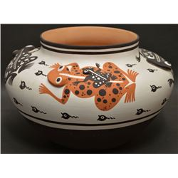 ZUNI INDIAN POTTERY JAR (EILEEN YATSATTIE)