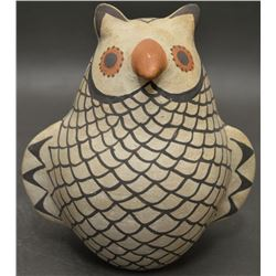 ACOMA INDIAN POTTERY OWL (VALLO)