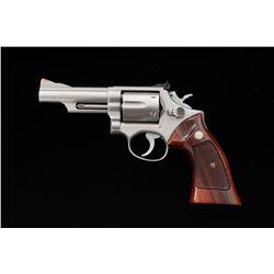 SW Model 66 Combat Magnum Double Action Revolver