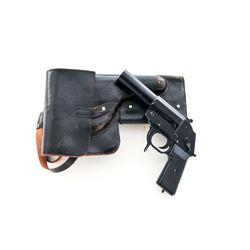 Post-War East German Flare Pistol, w/holster