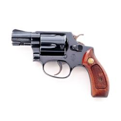 SW Model 36 Chief's Special Double Action Revolver