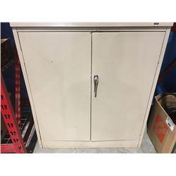 2 DOOR METAL LOCKING CABINET WITH KEY