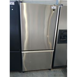 "33"" WIDE MAYTAG STAINLESS STEEL FRIDGE WITH BOTTOM FREEZER"