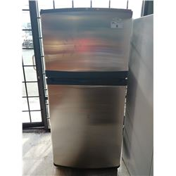 "30"" MAYTAG STAINLESS STEEL FRIDGE WITH TOP FREEZER"