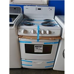 DANBY WHITE ELECTRIC RANGE STOVE / OVEN