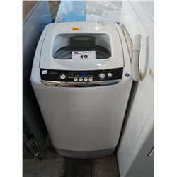 INSIGNIA TOP LOAD PORTABLE WASHING MACHINE