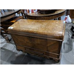 VINTAGE BLANKET BOX WITH DRAWER