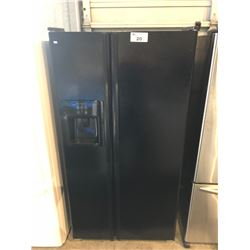 SCRATCH & DENT BLACK JENN-AIR FRENCH DOOR FRIDGE WITH WATER  AND ICE DISPENSER