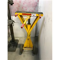 YELLOW MOBILE TRAILER SAFETY JACK