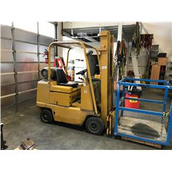 CATERPILLAR T40B 4000LB 2 STAGE MANUAL PROPANE FORKLIFT **MUST REMAIN ON SITE UNTIL FRIDAY, PROPANE