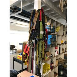 ASSORTED RIGGING GEAR, SAFETY HARNESSES & VESTS