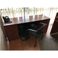 AUTUMN MAPLE DOUBLE PEDESTAL CREDENZA DESK WITH OFFICE EQUIPMENT