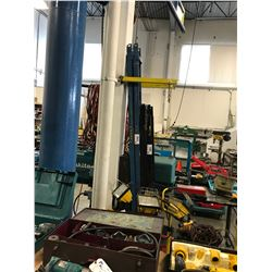 PAIR OF HEAVY DUTY FORKLIFT EXTENSIONS