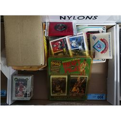 TRAY LOT OF SPORTS CARDS
