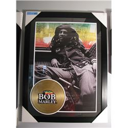 FRAMED BOB MARLEY LOUNGE PRINT W/ GOLD LP