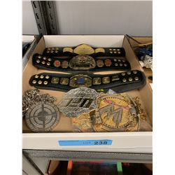 TRAY LOT OF WWE MINI BELTS, NECKLACES, BELT BUCKLE
