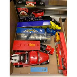 TRAY LOT OF DIE CAST SEMI TRUCKS