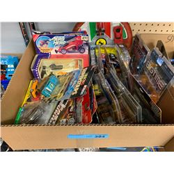 TRAY LOT OF ASST DIE CAST CAR TOYS