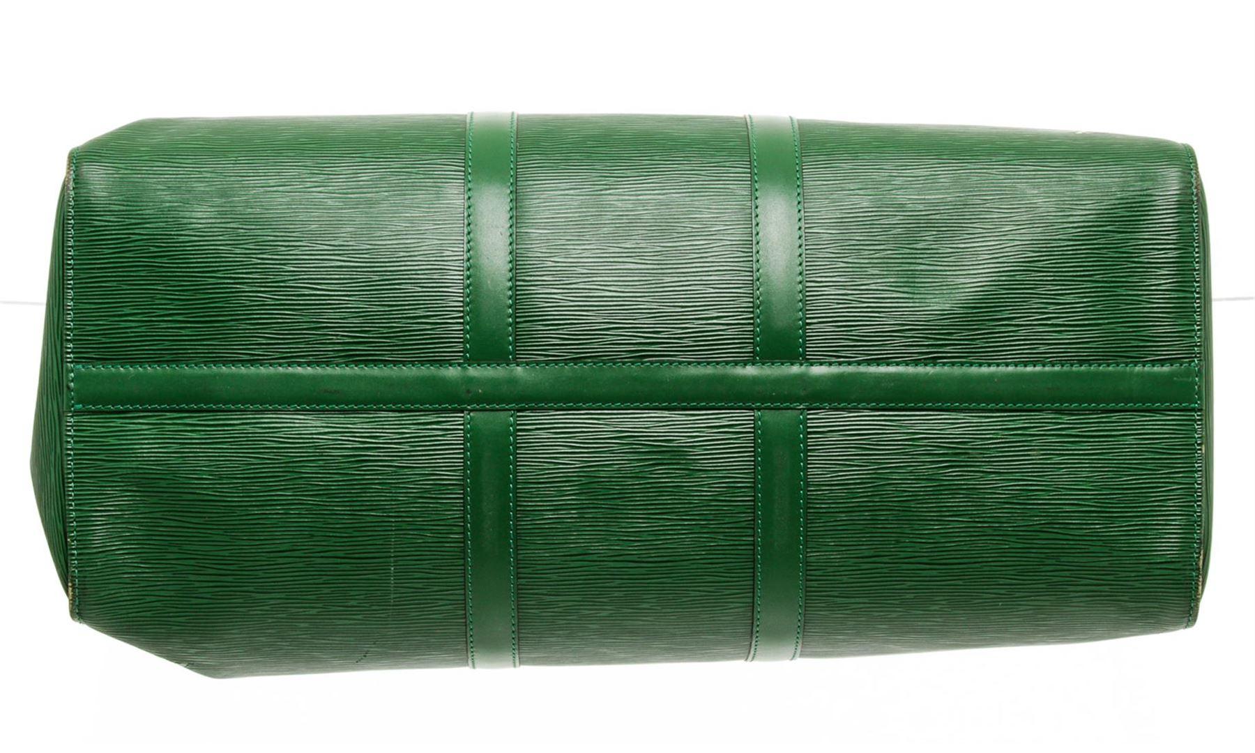 d028dd32f12 Louis Vuitton Green Epi Leather Keepall 55 cm Duffle Bag Luggage