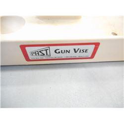 PAST GUN VISE