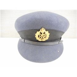 WWII RCAF WOMEN'S HAT WITH BADGE