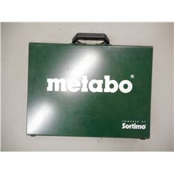 SORTIMO METABO METAL TIN WITH PLASTIC CONTAINERS INSIDE